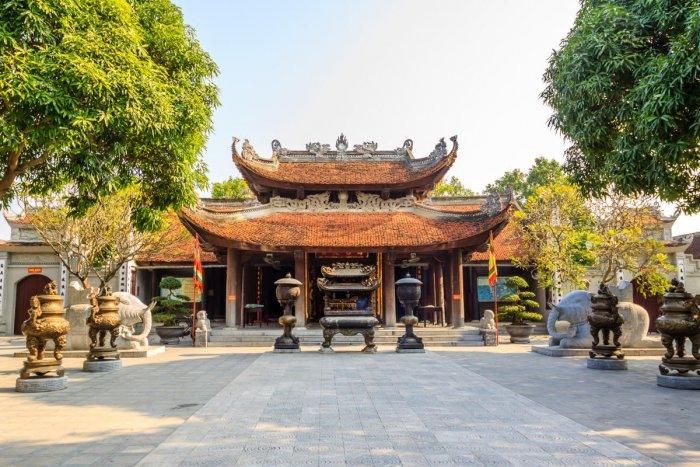 Vietnam temple at Hanoi; (below) Ho Chi Minh Mausoleum