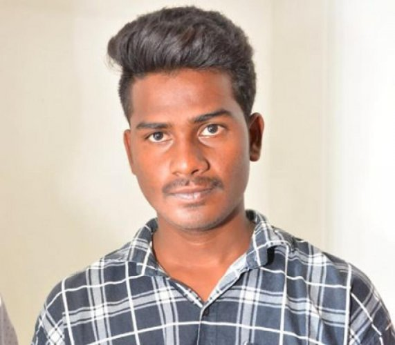 Naveen alias Chanti
