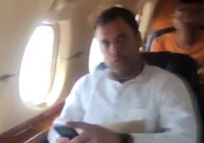 Screenshot from the video posted by Rahul Gandhi on Twitter.