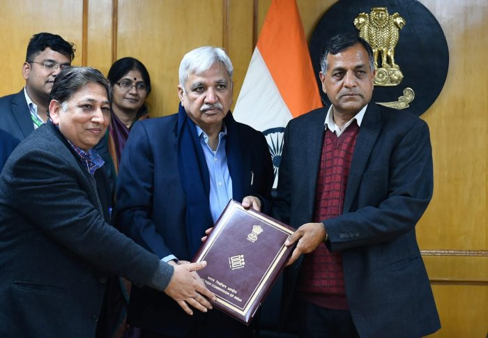 A committee examining Section 126 of the Representation of the People Act 1951 and other related provisions submit the report to Chief Election Commissioner Sunil Arora and Election Commissioner Ashok Lavasa, in New Delhi, on Thursday. PTI