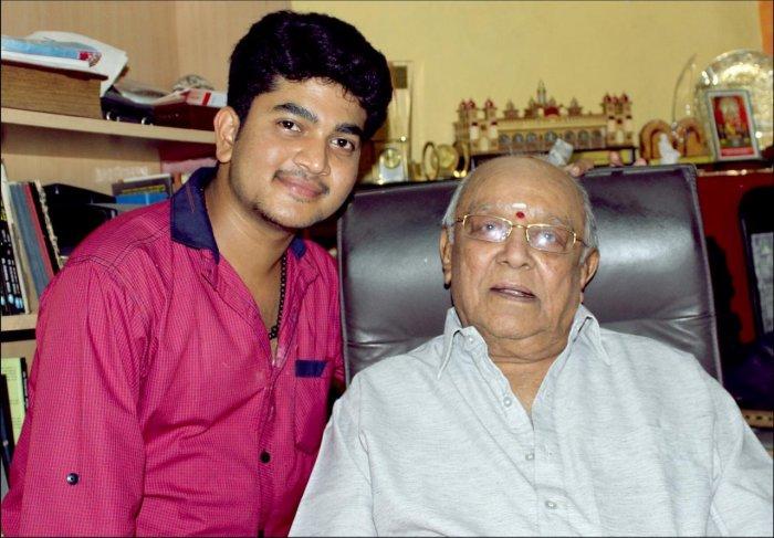 Vikram with Master Hirannaiah.