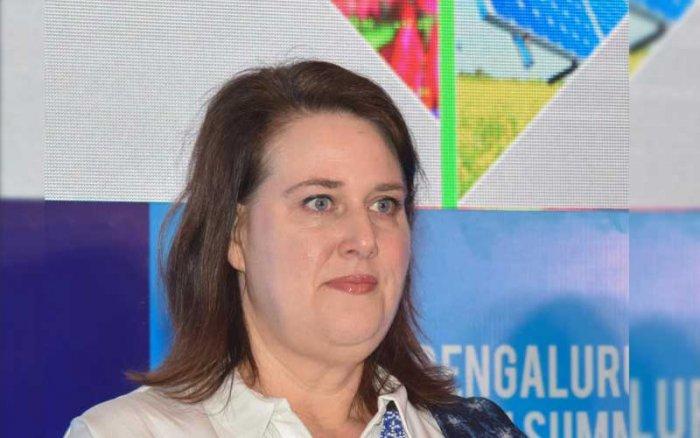 Dana Kursh