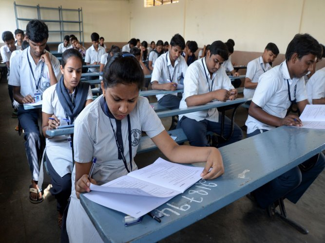 Jaffer said the paper had been set in a manner that even an average student can easily get a score of 50. (DH File Photo. For representation)