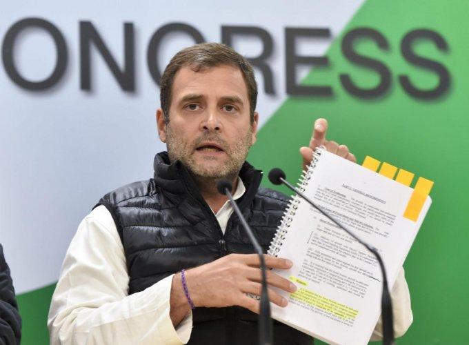 New Delhi: Congress President Rahul Gandhi addresses a press conference at AICC headquarters in New Delhi, Wednesday, Jan. 2, 2019. (PTI Photo/Ravi Choudhary) (PTI1_2_2019_000213B)