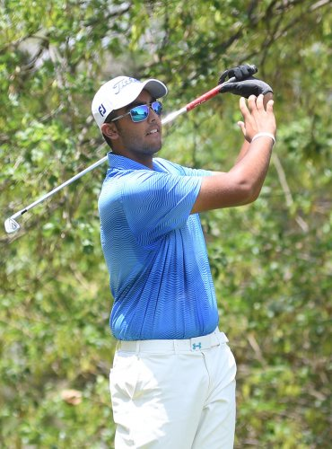 STEADY GOING: Delhi's Harshjeet Sethie tees off in the final round of the IGU Rotary Karnataka Golf Championship on Friday. DH PHOTO