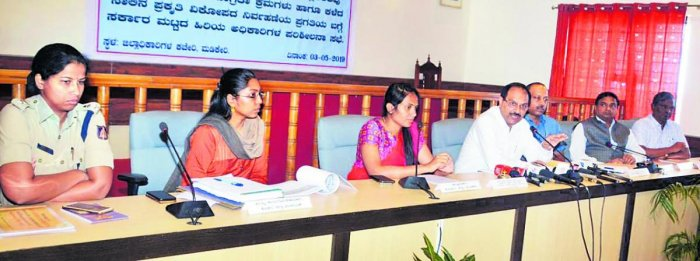 Revenue Department (Disaster Management) Principal Secretary Dr Rajkumar Khatri chairs a meeting at the DC's office in Madikeri on Friday. Deputy Commissioner Annies Kanmani Joy, Superintendent of Police Dr Suman D Pennekar and Zilla Panchayat CEO K Laksh