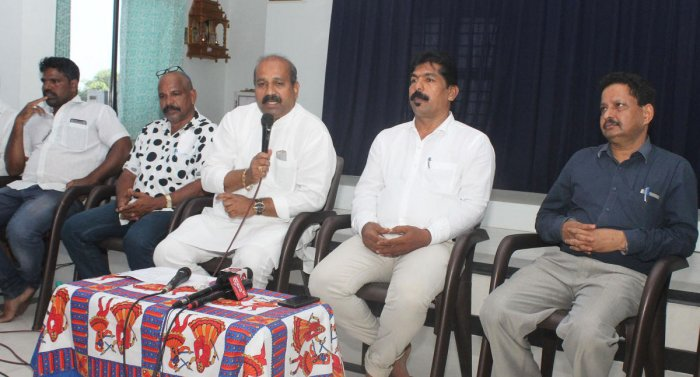 MLA Raghupathi Bhat speaks at a press conference.