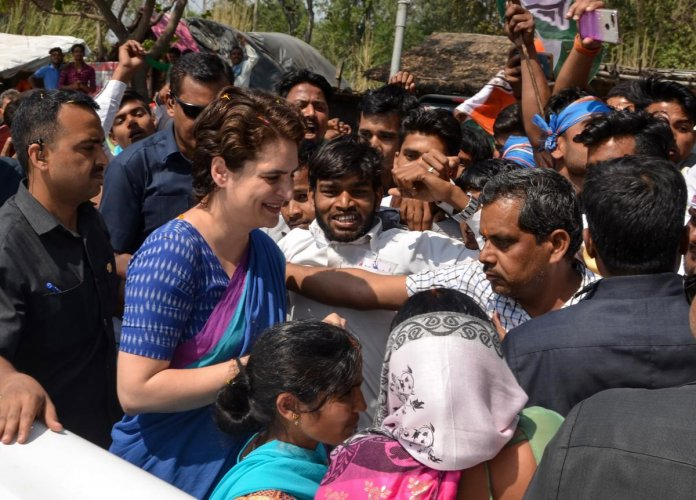 Indian Congress General Secretary Priyanka Gandhi Vadra meets with party workers and supporters at Musafirkhana in the Amethi district of the Uttar Pradesh state. - Priyanka Gandhi is on a three-day visit to Amethi, Reabareli and Faizabad. (AFP Photo)