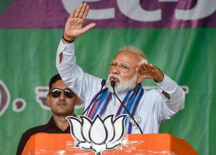 Modi wants voters in the remaining seats to not just rate his performance, but to legitimise him. (PTI)