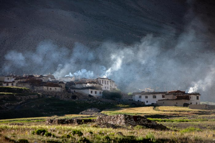Smoke coming from village households in Ladakh, India. Photo by Ajay Pillarisetti.