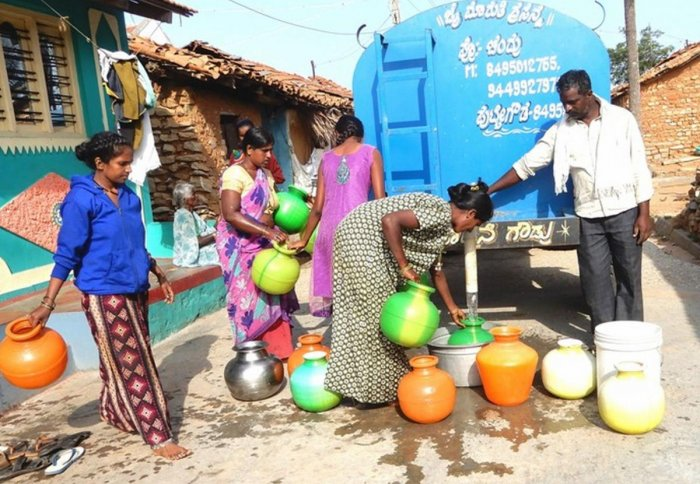 Severe water shortage in Mandya, tankers supply water