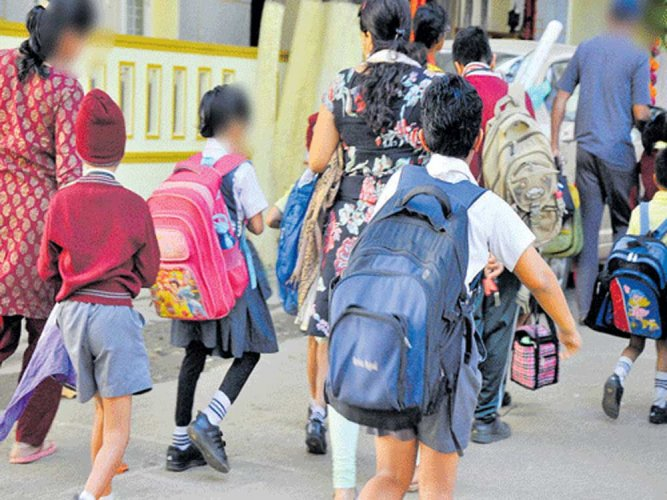 Opposing the police move to impose a penalty on schools for not storing CCTV footage for a year, representatives of the private school management representatives submitted a memorandum to DG and IG of police Neelmani Raju on Wednesday. File photo