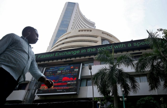 A man walks past the Bombay Stock Exchange (BSE) building in Mumbai, India October 4, 2018. REUTERS/Francis Mascarenhas
