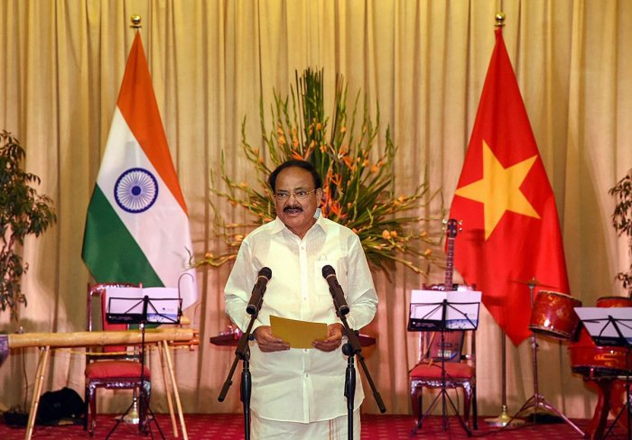 Vice President M. Venkaiah Naidu addresses a banquet hosted by the Vice President of Vietnam Dang Thi Ngoc Thinh, at the State Guest House in Hanoi, Vietnam. (PTI Photo)