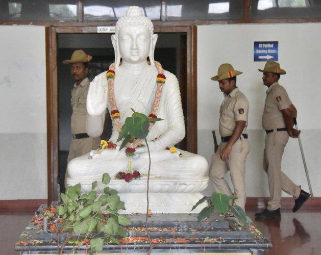The Buddha idol inside the administrator block of Bangalore University. DH PHOTO/Janardhan B K
