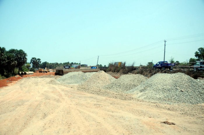The construction of a bridge at Yermal Kalsanka has remained incomplete.
