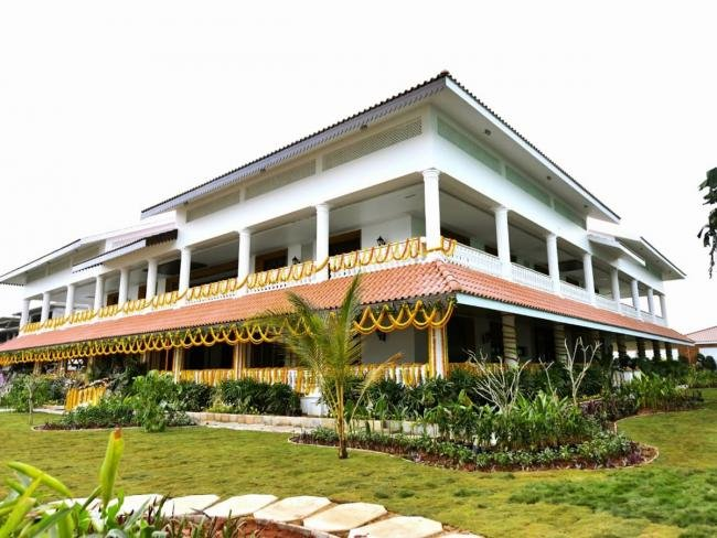 Jagan's residence cum YSRCP state headquarters in Amaravti