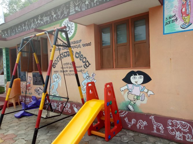 An anganwadi centre in Dakshina Kannada district. Run by the Women and Child Welfare department, anganwadi centres do not offer formal pre-primary education. State-run Kindergarten classes had been a long-pending demand of parents and academicians. DH Fil