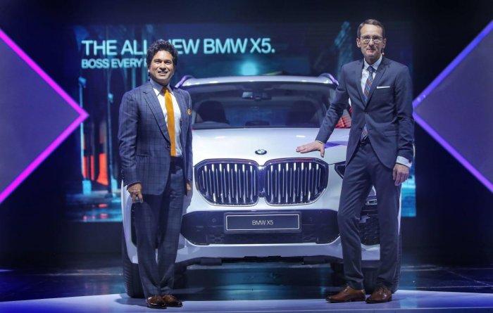 Legendary sportsman and cricketing icon Sachin Tendulkar launched the BMW X5 in Mumbai.