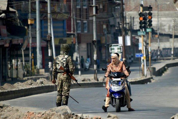 Srinagar: Authorities imposed curfew-like restrictions as a precautionary measure in downtown Srinagar. (PTI Photo)