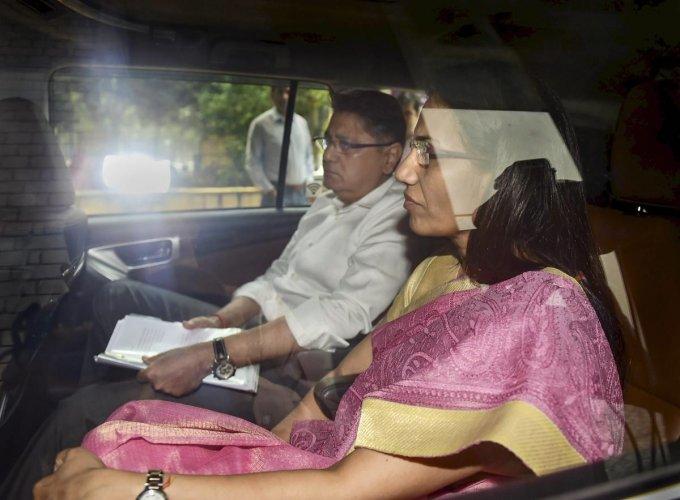 Former ICICI Bank CEO Chanda Kochhar along with her husband Deepak Kochhar. (PTI)