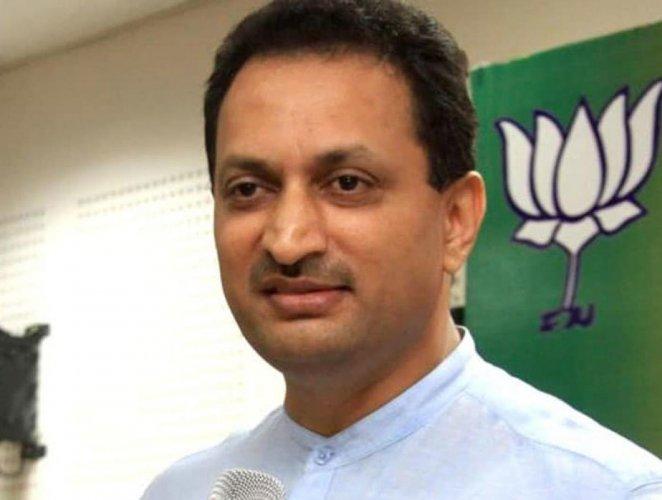 Union minister Anantkumar Hegde