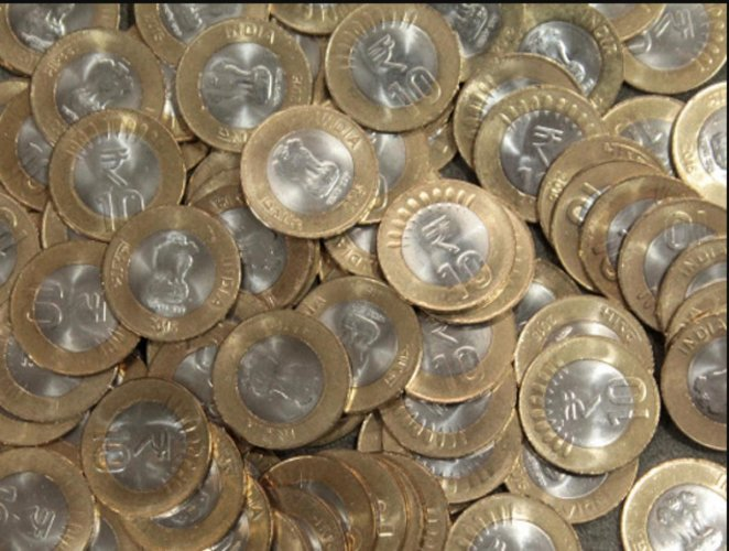 10 RS Coins. (Photo by DH)