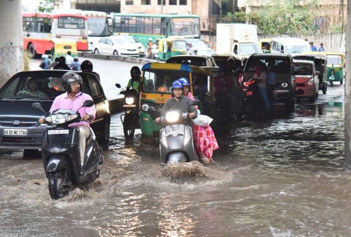 Rain water flooding Oakalipura Underpass in Bengaluru on May 17, 2019. DH Photo/ Janardhan B K