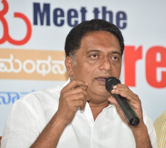 Prakash Raj has admitted defeat. Picture credit: SK Dinesh/ DH Photo