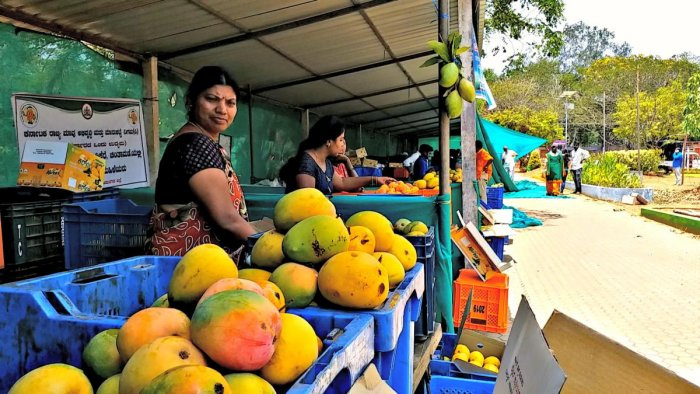 A mango stall set up at the Kadri IT Park in Mangaluru. Such stalls will soon be set in Bengaluru's tech parks.