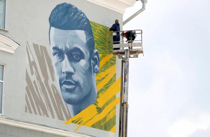 Soccer Football - World Cup - Neymar Mural - Kazan, Russia - July 5 , 2018 Mural of Brazil's Neymar REUTERS/John Sibley