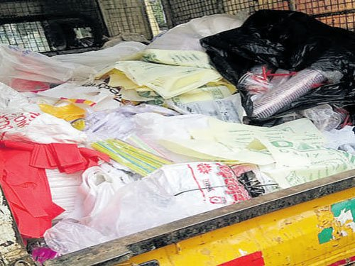 Plastic ban drive  picks up pace, Hagadur  residents get on board