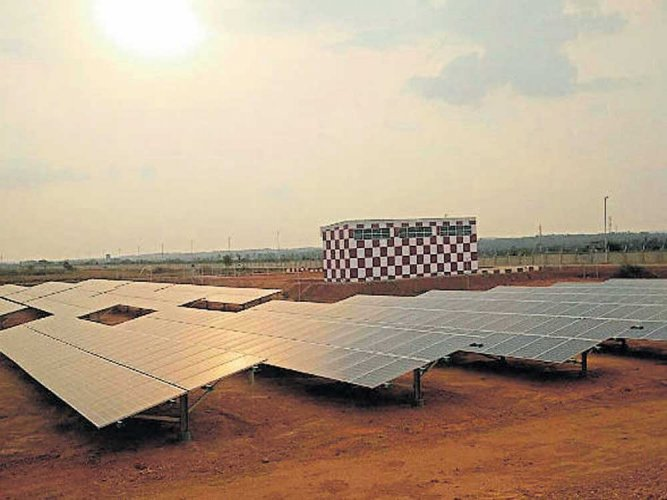 The 175 GW energy target includes 100 GW from solar alone. Representative image