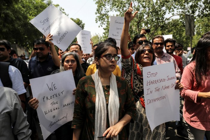 Jagisha Arora, wife of Prashant Kanojia, a journalist who was arrested for allegedly tweeting defamatory content against Uttar Pradesh's Chief Minister Yogi Adityanath, takes part in a protest with media members in New Delhi, India June 10, 2019. REUTERS/Anushree Fadnavis