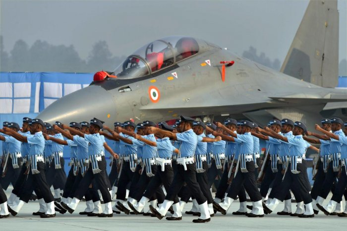 Ghaziabad: Indian Air Force personnel near Sukhoi-30 MKI fighter plane take part in parade on the 85th Air Force Day parade at Hindon Air Force base in Ghaziabad on Sunday. PTI Photo by Kamal Kishore (PTI10_8_2017_000031b)