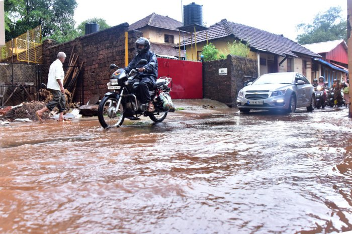Amid the forecast of a deficient monsoon, Mangaluru received heavy rains last week. (DH File Photo)