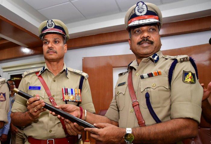 Bengaluru Police Commissioner Alok Kumar with Suneel Kumar