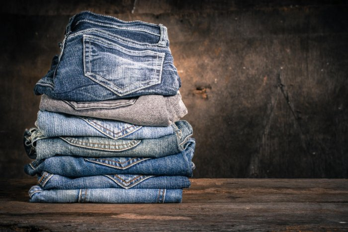 Scientists have developed an efficient, low-cost method that can convert waste denim into reusable cotton fibres. (DH Photo)