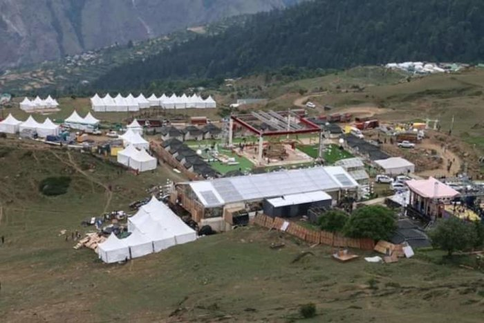 Tents being set up at the lavish wedding ceremony site at Auli. The two marriages belonging to two sons of businessmen Ajay Gupta and Atul Gupta are on June 20 and June 22.