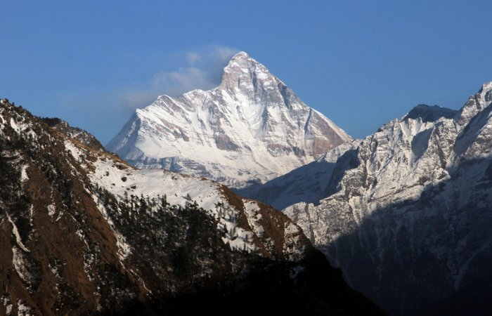 A 10-member team of the Indo-Tibetan Border Police (ITBP) dug out the seven bodies, including that of a woman mountaineer, from under the snow, DIG A P S Nimbadia said. Reuters file photo