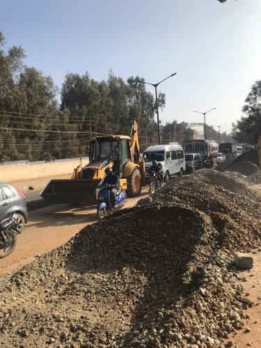 The road connects the villages around Channasandra with the main city roads like the ITPL Road, Whitefield Road, Bellandur Outer Ring Road and Sarjapura Road. SPECIAL ARRANGEMENT