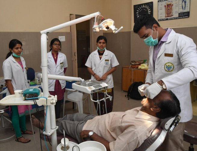 EWS quota pushes up medical, dental seats by 10% | Deccan Herald