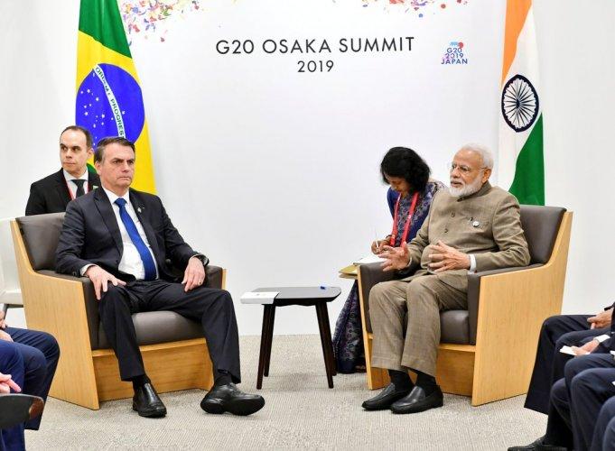 Prime Minister Narendra Modi meets Brazil President Jair Bolsonaro on the sideline of G-20 Summit. (Twitter/MEAIndia)