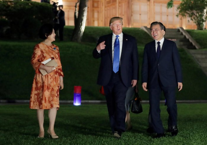U.S. President Donald Trump and South Korean President Moon Jae-in leave after a banquet at the Presidential Blue House in Seoul, South Korea, June 29, 2019. Yonhap via REUTERS ATTENTION EDITORS - THIS IMAGE HAS BEEN SUPPLIED BY A THIRD PARTY. SOUTH KOREA