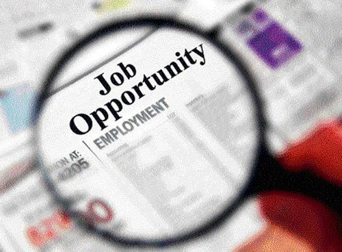 Move to open up govt jobs for technocrats,specialists from pvt sector