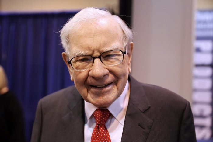 The donation will boost the total amount Buffett has given to the charities to more than $34.5 billion since the 88-year-old billionaire pledged in 2006 to give his shares away. (Reuters File Photo)
