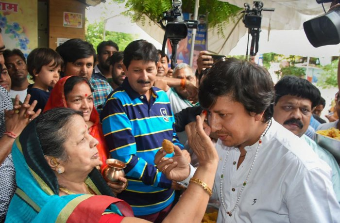 BJP MLA Akash Vijayvargiya is welcomed after being released from the district jail, three days after being arrested for assaulting a civic official in Indore with a cricket bat, in Indore. (PTI Photo)