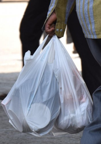 The BBMP has not been able to enforce the plastic ban. DH FILE PHOTO