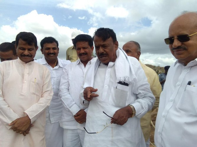 Chitradurga District In-charge Minister Venkataramanappa inspects the work on upper Bhadra project near Tarikere on Wednesday.