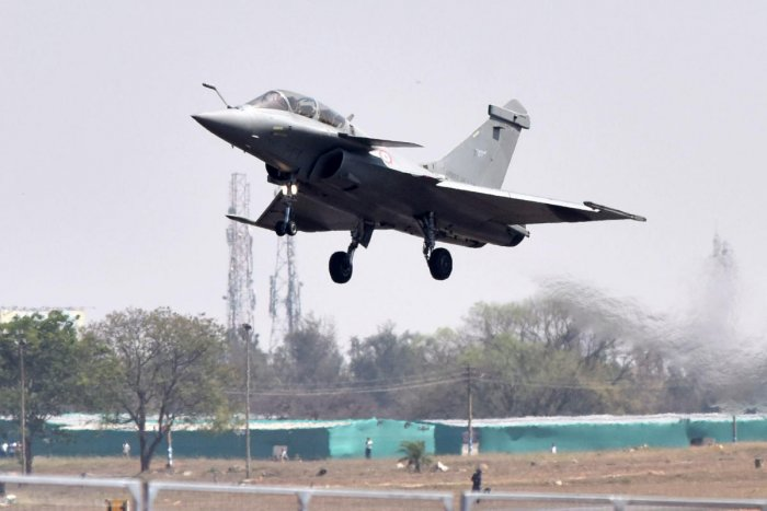 Calling it an excellent aircraft, Ziegler said it would add a lot to the capacity of the Indian Air Force. (DH File Photo)
